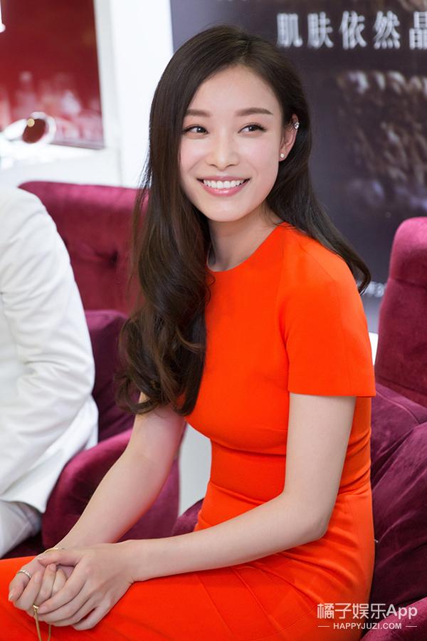 今天她最美 | 倪妮 穿橘色连衣裙的你 是活力满满的少女