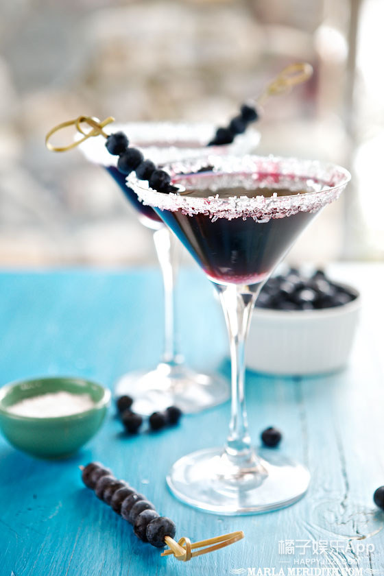 Vodka Martini with Blueberry Juice