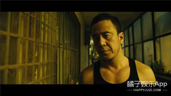 天了噜!快来看看杨坤的胸肌 这还是我们以前认识的32郎么?