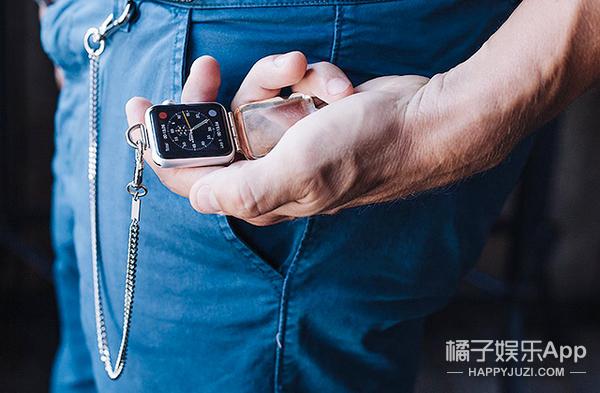能当项链还能做怀表?Apple Watch竟然还能这么戴!