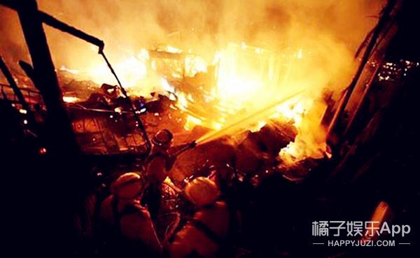 致敬消防员 | 唯有英雄,逆火而行!