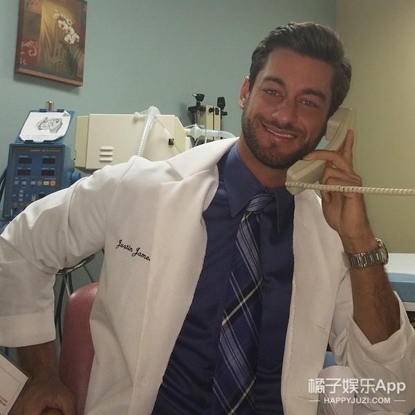 这可能是世界上最性感的医生,点进来前请自备纸巾