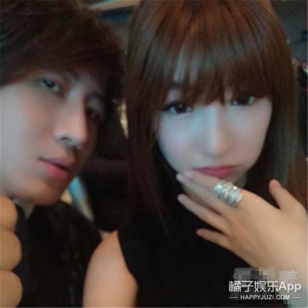 刘谦升级当爸  魔术师老婆究竟长啥样儿?