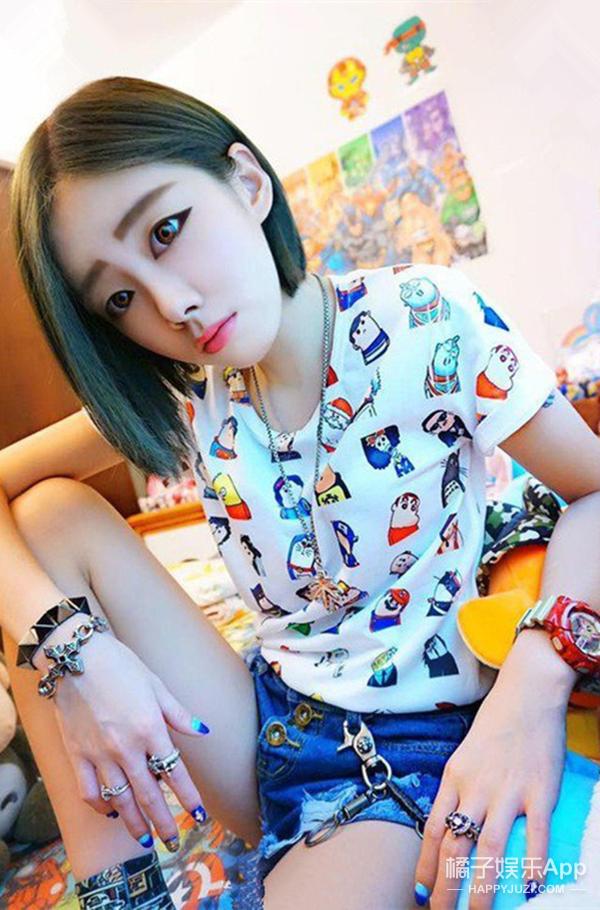 那个在17岁就谈了60个男友的台湾最正女高中生,卸完妆是这样的...
