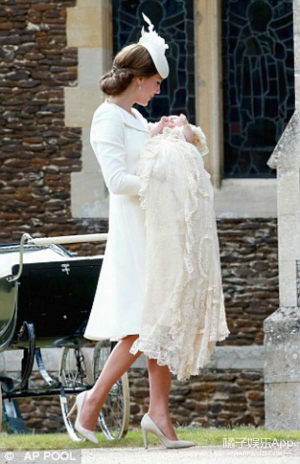 """戴安娜王妃与孙女""""重逢""""?这张风靡外网的照片感动了无数人"""