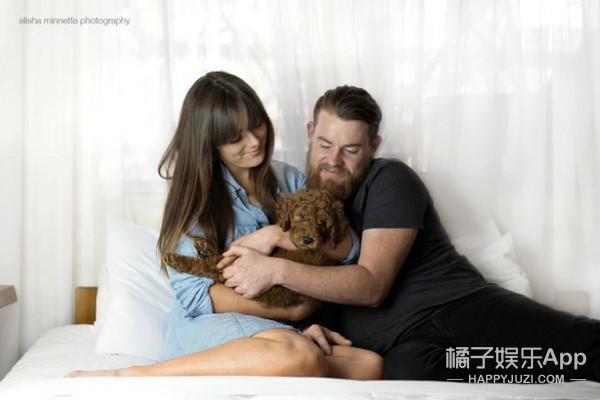"""澳洲夫妇拍摄的这组""""婴儿照""""火了,鼓励年轻人不要急于生娃"""