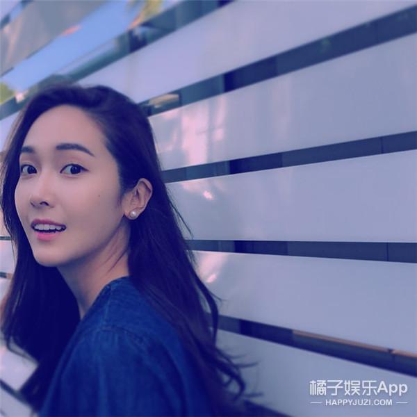 来感受一下人家的空气式刘海 Jessica又刷新自身颜值