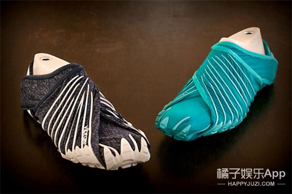 脑洞太大,日本发明了没有鞋带的奇葩鞋!
