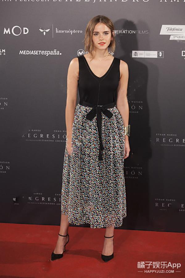 今天她最美 | Emma Watson 优雅可爱的娃娃