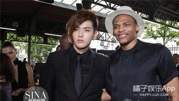 当贾斯汀比伯遇上吴亦凡同款发型 你觉得谁赢了?