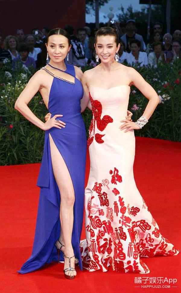 威尼斯电影节 | 张馨予脱下棉袄穿对了,盘点中国女星红毯造型也是越来越美了