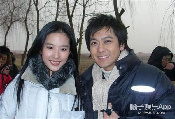 28岁的刘亦菲是怎么做到没有黑点、永远清纯的?