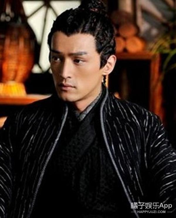 有沟才是真男神!你知道陈伟霆、吴亦凡、王凯、胡歌的沟在哪吗?