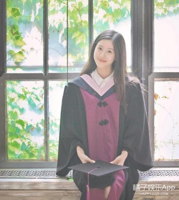 奶茶妹朋友圈承认怀孕,还顺手给京东做广告,刘强东的评论好羞羞