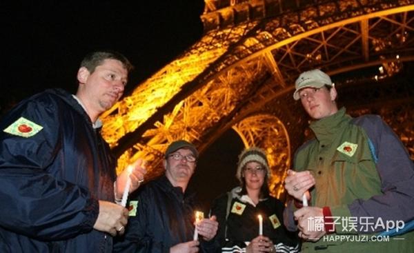 巴黎陷入黑暗,但全世界为它点亮法兰西之光!