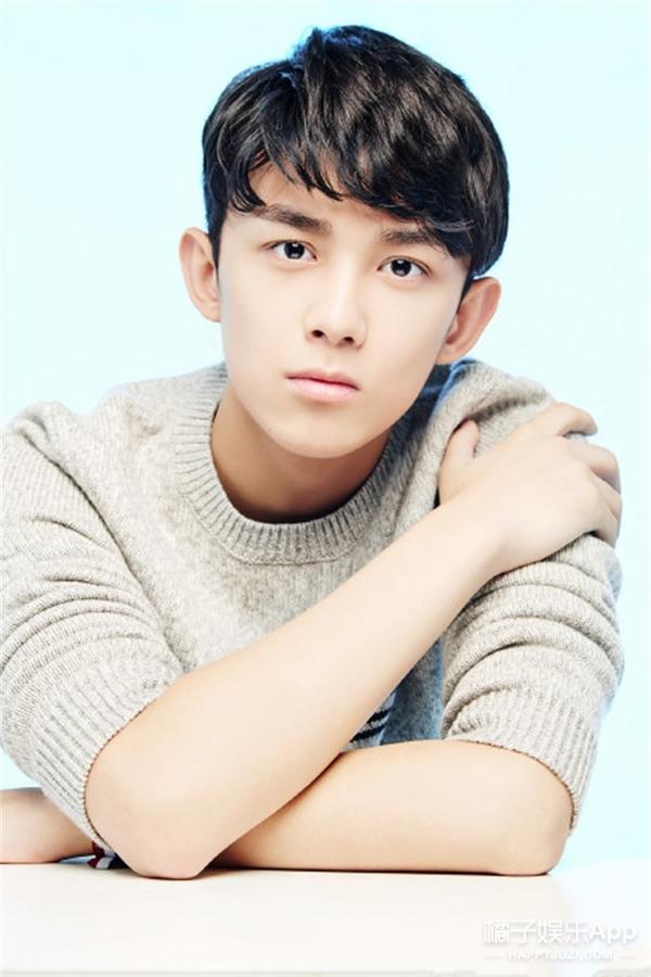看脸 | 吴磊:刚16岁就长成这样,完全不给当今小鲜肉留活路!
