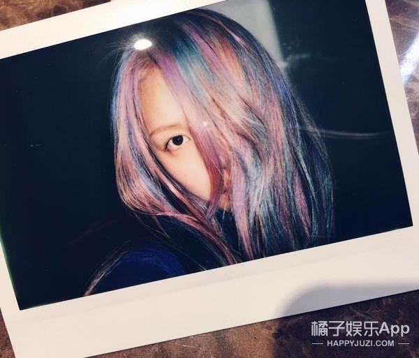 水晶粉X静谧蓝   PONY将2016流行色染上头!