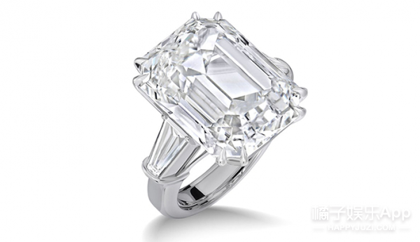 牛姐Mariah Carey订婚了!光订婚钻戒就足足35克拉,价值超过750万美金!