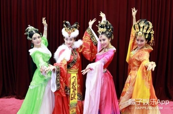 胡歌唱错词、佟丽娅舞惊四座,原来他们早就上过各种春晚了