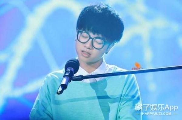 【今天他生日】华晨宇:小可爱、大魔王,一个有着自己世界的创作歌手