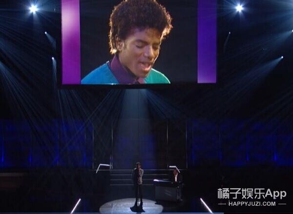 第58届格莱美实录 | 霉霉获奖,比伯脱衣献唱,GaGa高科技玩不停!