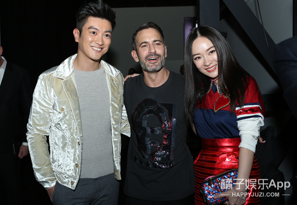 【独家】杜江霍思燕带你去看秀:小马哥把Marc Jacobs大秀扮成了GaGa星球