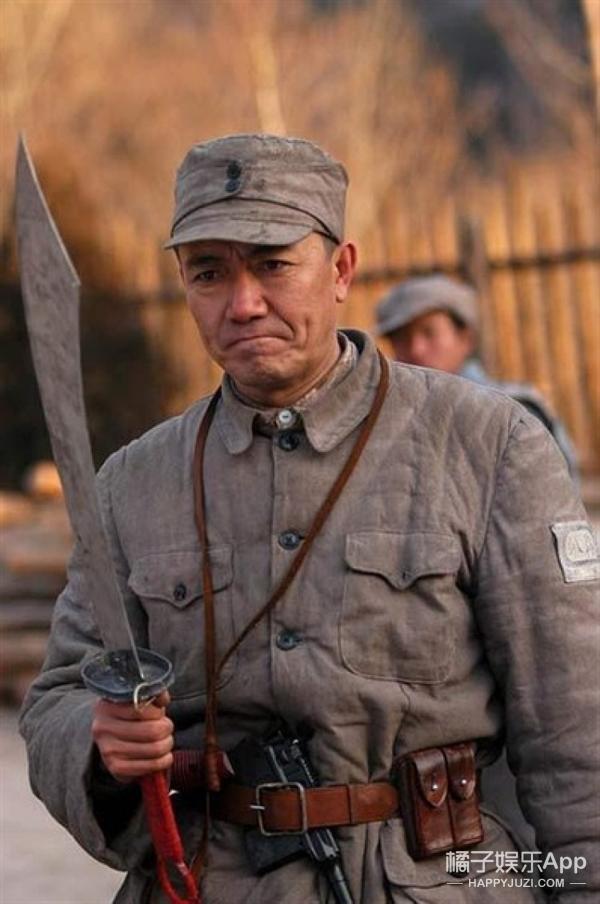 听说最近军官和医生谈恋爱挺火,你们说的难道不是《亮剑》?
