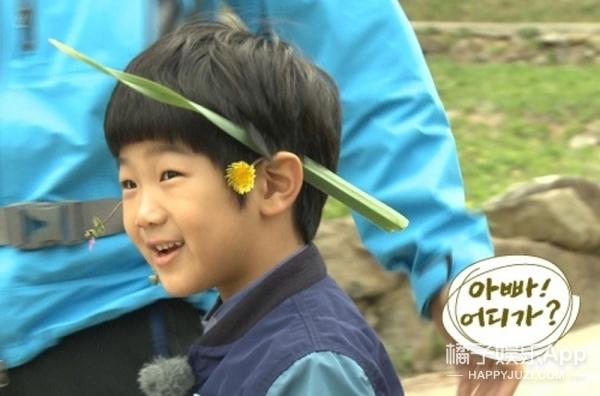 还记得韩版《爸哪》的李俊秀吗,他现在成黑胖小子了...