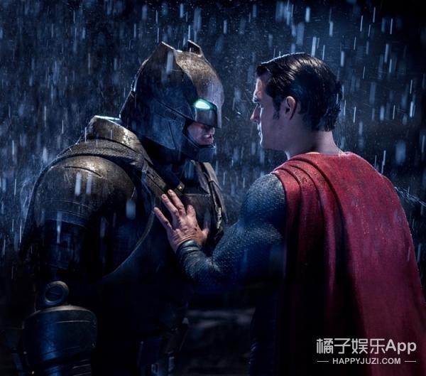 《蝙蝠侠大战超人》观影指南:舔着脸大笑期待,摸摸头哭着看完