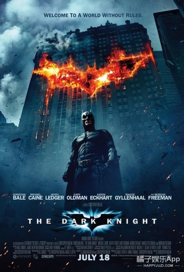 打败超人的这位老爷,就是专注保卫哥谭30年的蝙蝠侠!