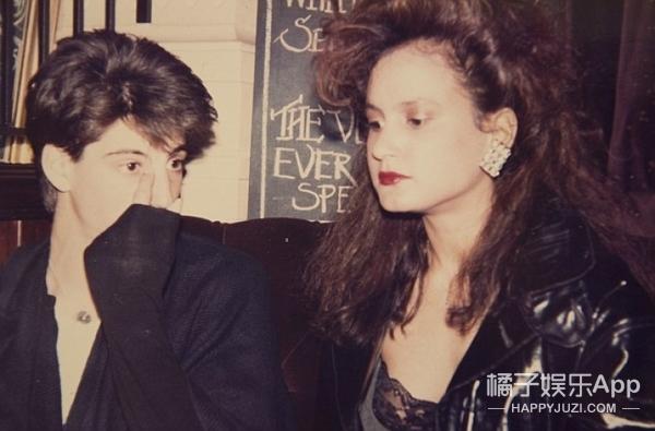 姑娘为让自己保持青春,40年来一直冷漠脸没有笑过!