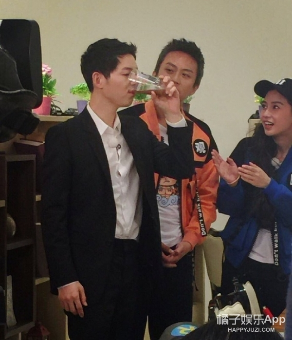 宋仲基中国综艺首秀献给跑男!王祖蓝你是来抢镜的么?