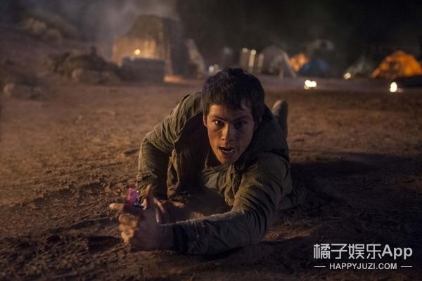 最惨男主:拍戏受伤面部骨折!《移动迷宫》剧组解散拍摄无限延期!