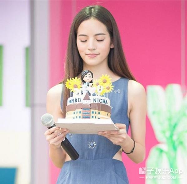 泰国人气女星撞脸欧阳娜娜,原来他们的小花们也这么美!