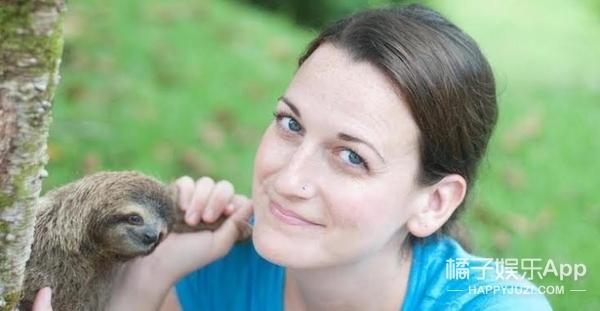 她成立了树懒学院,终于知道它们那迷之微笑是啥意思!
