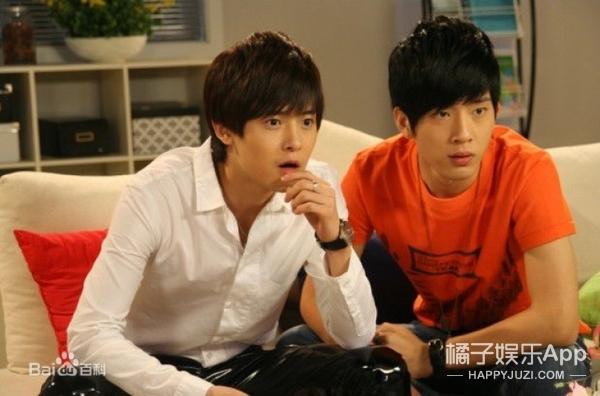 七年前,井柏然和张馨予竟然在一部喜剧里演过情侣!