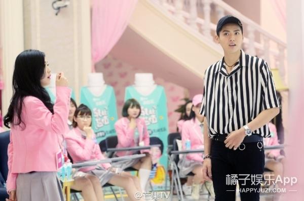跟吴亦凡合唱、对戏、谈心,今年的超女简直不要太幸福!