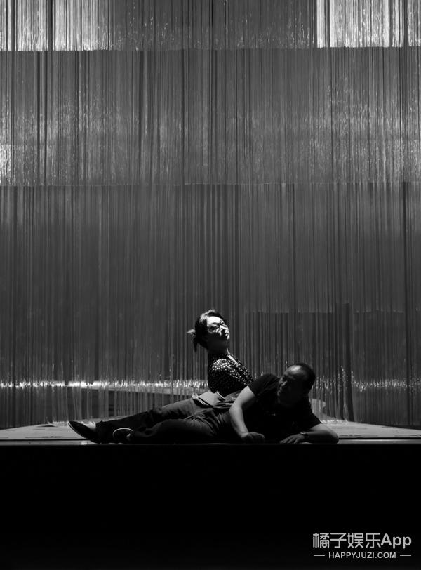 舞台背后的金星:我的黑夜不只沉睡