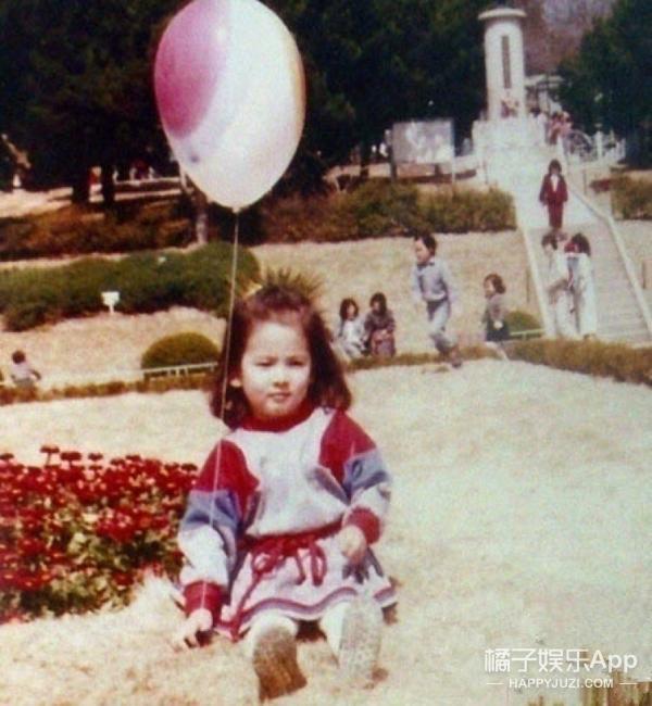 快来看宋慧乔小时候的照片,简直萌出一脸血啊!