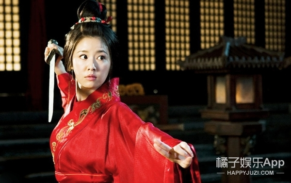 林心如在剧里做了那么多次古装新娘,今天终于披上了真正的红嫁衣!