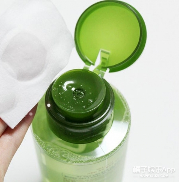 比饮用水还重要的卸妆水 你可以选这些试试