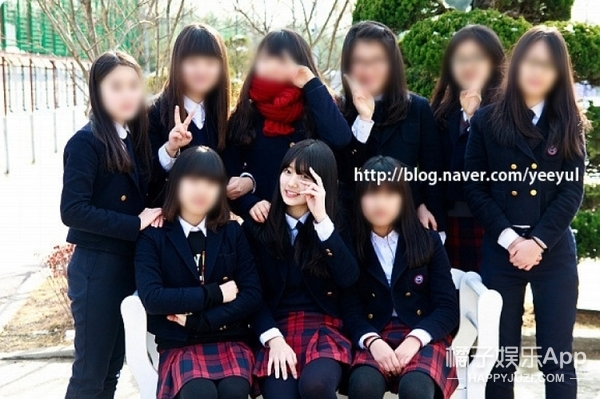 泫雅、IU、少女时代,这些当红女爱豆在毕业照上长这样!