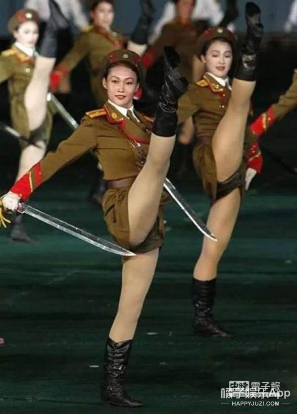 同样是踢正步,有些国家的军人真不怕扯到裆