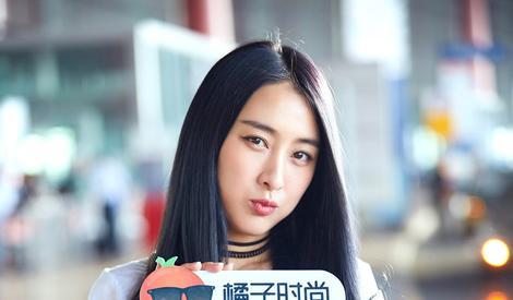 杨幂、唐嫣、蒋欣......中国女明星豪华看秀团出发去纽约啦!