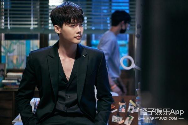 【今天TA生日】李钟硕:明明是爱害羞的boy,吻技却特别高超