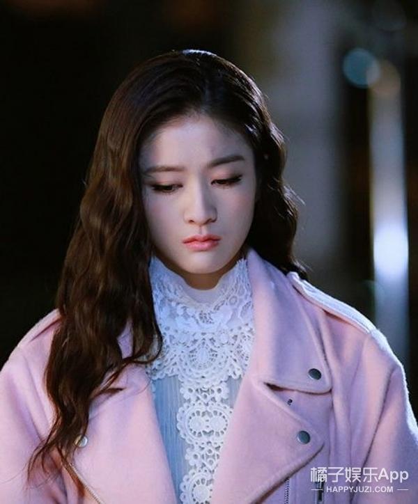 《泡沫之夏》又要翻拍,你觉得吴亦凡、迪丽热巴、鹿晗合适吗?