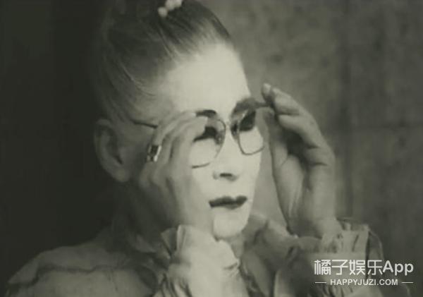 日本站街60年妓女,原来她竟代表了爱情