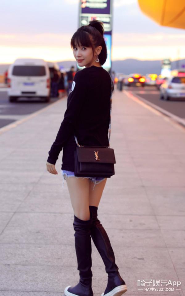 王子文不当小妖精要做女文青?但是这机场街拍明明就是穿衣精啊!