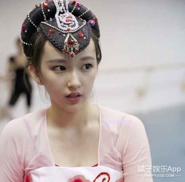 宇宙少女程潇:频上韩国热搜、被称为第二个宋茜,现在是韩国最火的中国女爱豆