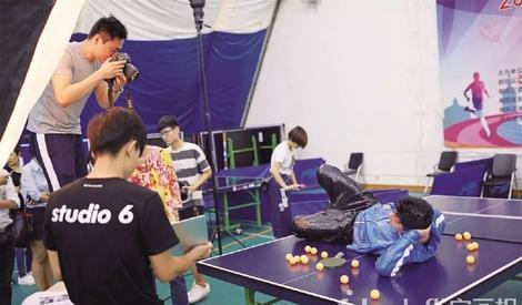 别看马龙不拿乒乓球也能撩妹,其实这些大片背后说多了都是泪!